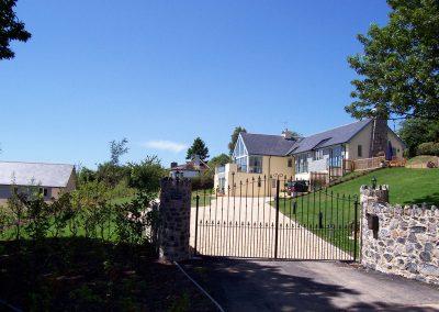 Bishopsteignton gates